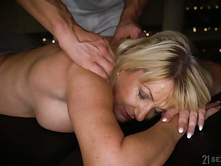 Horny mature Milf Amy is ready for massage and wild doggy fuck