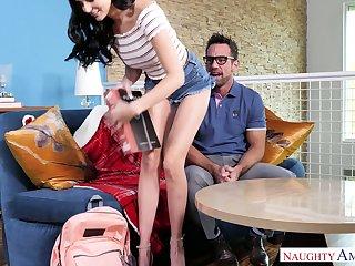 Very bad girl Ariana Marie seduces her handsome teacher Johnny Castle
