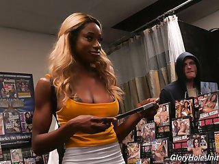 Naughty ebony hottie Kinsley Karter uses glory hole cock for drilling twat