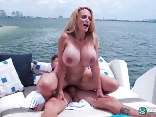 Housewife with giant melons Billi Bardot rides hard dick