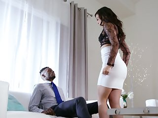 White whorish wife Whitney Wright makes her husband cuckold for the first time
