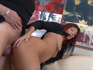 Pierced mature brunette Samy Saint fucked hard in her asshole