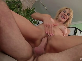 Busty mature lady gets intimate with a pretty potent man