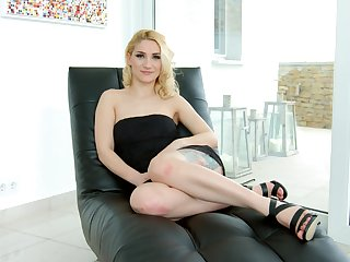Cock hardening interview with Luna Melba and that babe exudes sex appeal